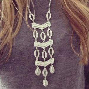 Stella & Dot- Kimberly necklace